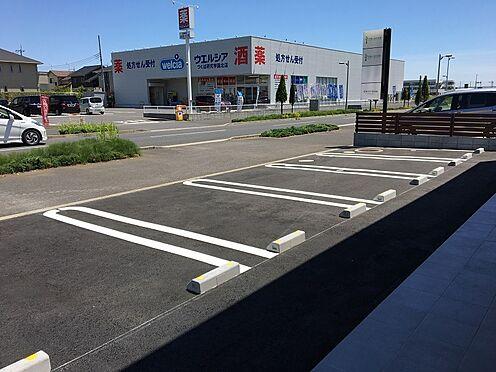 店舗(建物全部)-つくば市学園の森1丁目 十分間隔を取った駐車場です。