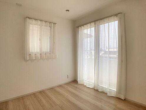 戸建賃貸-安城市安城町清水 2面採光で室内を明るくしてくれます