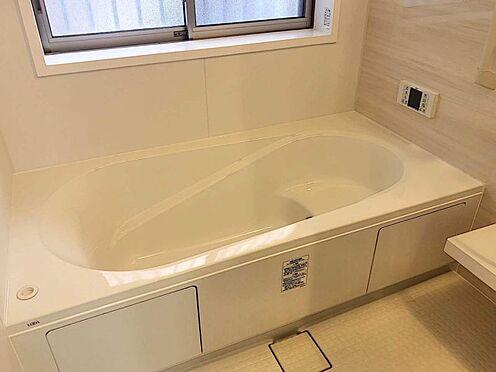 戸建賃貸-豊田市市木町5丁目 ゆっくりくつろぎたくなる浴室です。半身浴やボディケアなど、ひとりの時間もお楽しみください。