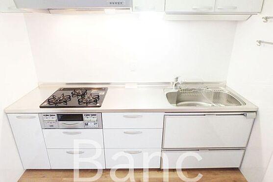 中古マンション-江東区南砂3丁目 3口ガスコンロ、グリル付きでお料理も捗ります。