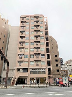 店舗(建物一部)-台東区駒形1丁目 SRC造11階建 一階店舗、二階住居、駐車場が売却対象です。