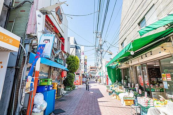 アパート-中野区弥生町6丁目 ■ 周辺環境 ■駅の周辺は商店街が栄えています。