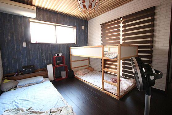 中古一戸建て-大和高田市三和町 【7帖洋室】主寝室にいかがでしょうか?3帖のウォークインクローゼットも設置しております。