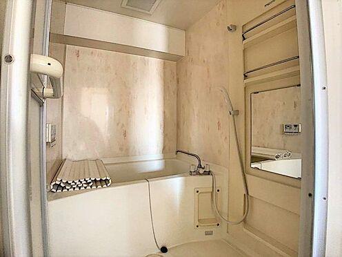 中古マンション-名古屋市守山区小幡千代田 追い焚き装置が付いた浴室でゆっくりくつろげます。