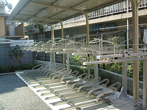 マンション(建物一部)-神戸市中央区中山手通7丁目 駐輪場もあります。