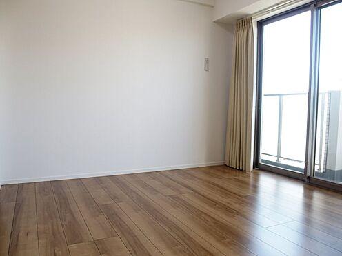 中古マンション-日野市豊田2丁目 リビング横の居室です。