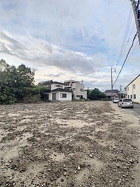 新築一戸建て-名古屋市中川区新家3丁目 ゆとりの間口で駐車ラクラク♪