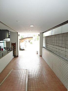 マンション(建物一部)-新宿区岩戸町 共用お部分の清掃状況も良好です。