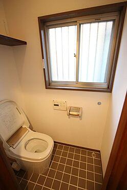 中古一戸建て-橿原市菖蒲町3丁目 温水洗浄便座を完備しております。