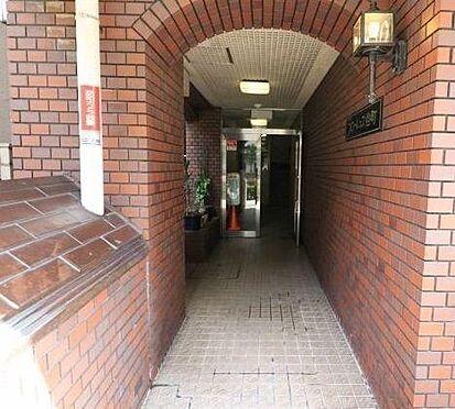 マンション(建物一部)-大阪市中央区谷町5丁目 綺麗に清掃されたアプローチ