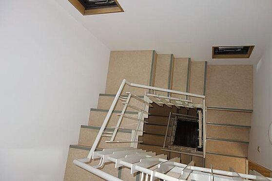 中古マンション-横浜市中区山手町 室内階段