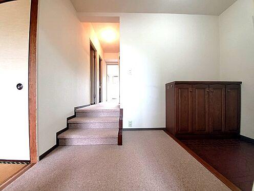 区分マンション-多摩市鶴牧4丁目 広い玄関です。