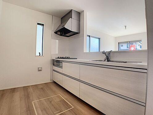 新築一戸建て-名古屋市守山区瀬古1丁目 3口コンロで便利です。