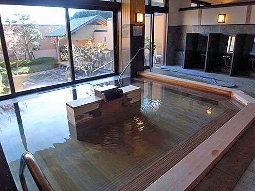 中古マンション-伊東市八幡野 檜風温泉大浴場です。