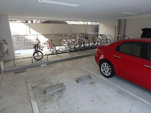 マンション(建物一部)-大阪市中央区法円坂1丁目 屋内の駐輪・駐車スペース付き