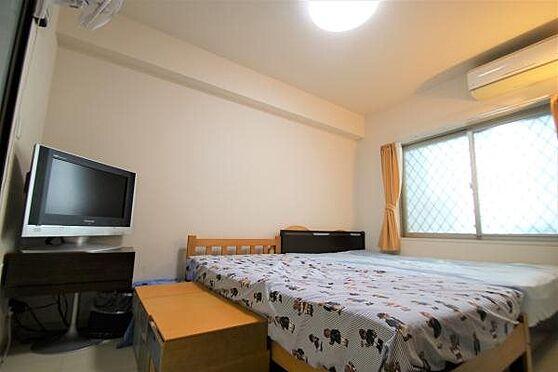 リゾートマンション-熱海市清水町 洋室:約6.0帖の洋室。オーナー様はマスターベットルームとして利用されております。