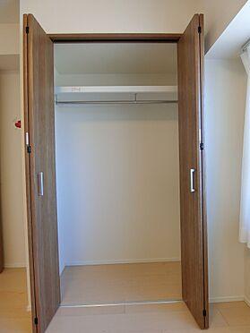 中古マンション-新潟市中央区南出来島2丁目 洋室約5.1帖のクロゼット