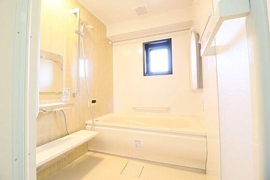 中古マンション-八王子市別所2丁目 交換済みの1418サイズの浴室です。