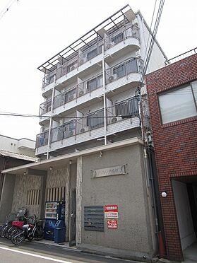 一棟マンション-大阪市東住吉区今川7丁目 平成元年4月建築の鉄骨造5階建のマンションです。土地約50坪付で、前面道路は広々公道約6mです。1Kが全29室で、現況8室空きがあります。現況利回り8.41%で、満室想定利回り11.1%です。