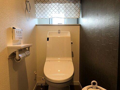 中古一戸建て-西尾市中畑町向野 1、2階にトイレがあるため、ご高齢の方でも安心してお住まいいただけます。