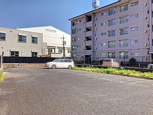中古マンション-豊田市山之手6丁目 駐車場は2台継承可です!ご夫婦で車をお持ちの方でもお停めいただけます。