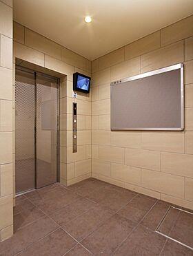 区分マンション-神戸市兵庫区大開通3丁目 エレベーターホール