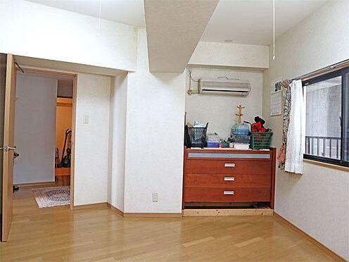 中古マンション-伊東市富戸 〔洋室〕クロスなどの状態も綺麗です。