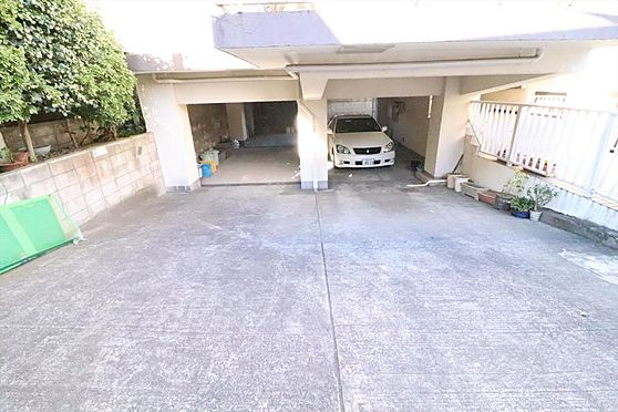 マンション(建物一部)-杉並区上井草1丁目 駐車場