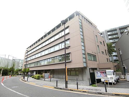 中古マンション-渋谷区神宮前1丁目 渋谷区中央図書館(約50m)徒歩1分