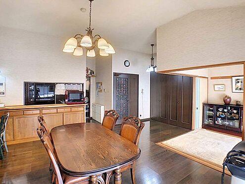 中古マンション-豊田市下市場町8丁目 広々16.6帖のLDKの間取りは、家族が増えても住み続けられるお家です!