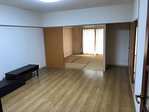 中古マンション-鴻巣市小松4丁目 居間