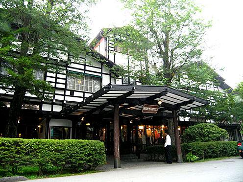 土地-北佐久郡軽井沢町大字軽井沢 せせらぎの森別荘地は万平ホテルの東側の立地となります