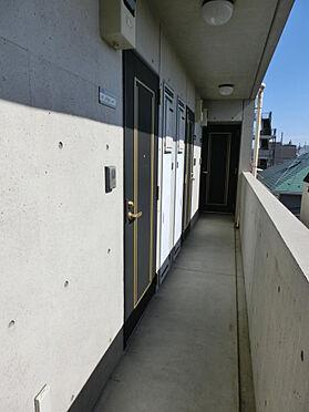 マンション(建物一部)-杉並区本天沼2丁目 廊下です。