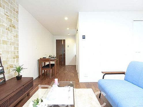 中古マンション-杉並区桃井2丁目 JR中央線・中央総武線・東京メトロ丸ノ内線「」荻窪」駅徒歩約15分の新規リノベーションマンションです。5階南西向きのお部屋につき、日当たり・通風・眺望良好です。便利な浴室乾燥機・追炊き機能付きです。
