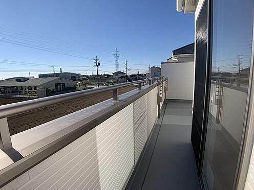新築一戸建て-豊田市今町6丁目 続きバルコニーなので2部屋から出入りできます。