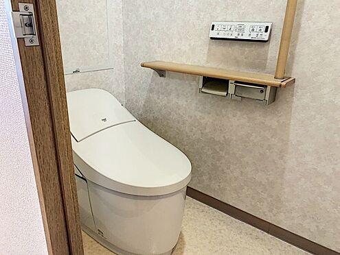 中古マンション-知多郡東浦町大字森岡字南陽二区 洗浄機能付きのトイレで壁掛けの設備で衛生的