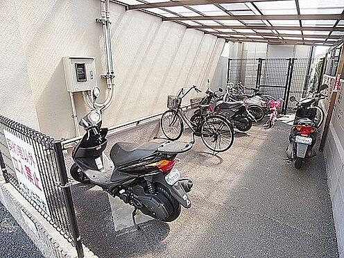 マンション(建物一部)-神戸市長田区五位ノ池町2丁目 駐輪場、バイク置場もあるので、駅へのアクセスも楽々。