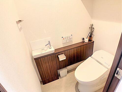 中古マンション-名古屋市名東区社台3丁目 独立型手洗い器があるので、壁や便座も綺麗に保てますね♪