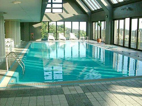 中古マンション-賀茂郡東伊豆町奈良本 週末・トップシーズン運営の屋内プールです。