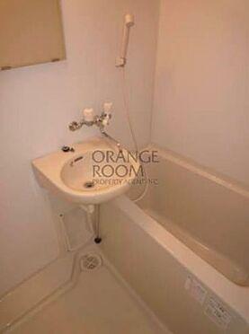 マンション(建物一部)-板橋区宮本町 浴室乾燥機付のバスルームです。