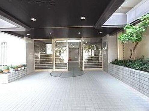 マンション(建物一部)-神戸市北区泉台1丁目 綺麗に清掃されたエントランス