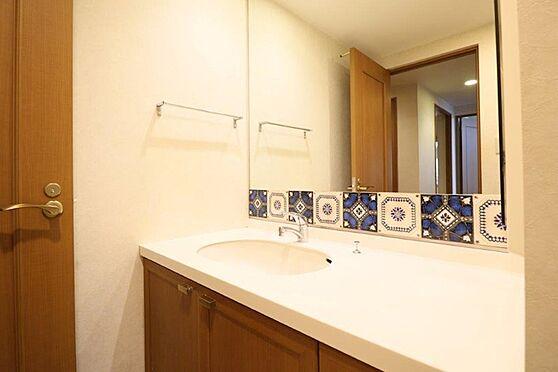 中古マンション-八王子市別所1丁目 ワイドタイプの洗面化粧台