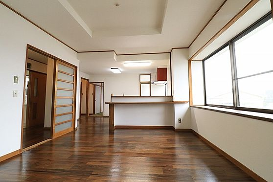 店舗付住宅(建物全部)-鹿児島市大明丘3丁目 居間