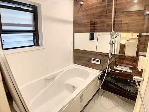 戸建賃貸-江南市高屋町十六田 ゆったりとしたバスルーム。水回りも大変キレイにお使い頂いております。