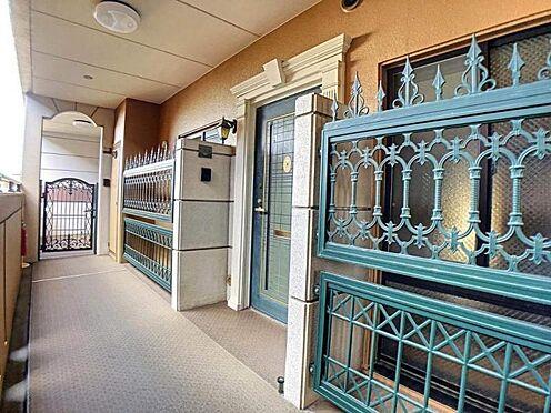 中古マンション-春日井市前並町1丁目 高級感のある玄関ポーチでお客様をお出迎え♪
