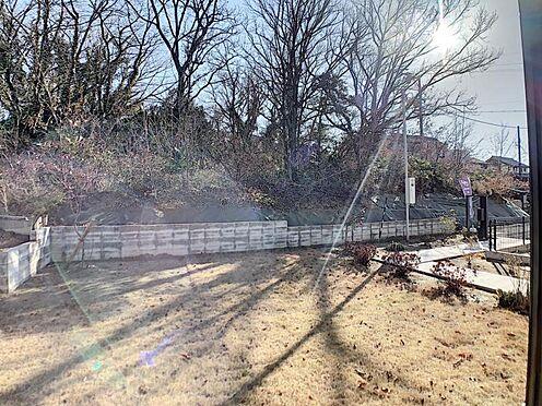 新築一戸建て-名古屋市守山区小幡北 ウッドデッキからお庭に出ることができます。