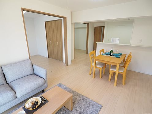 中古マンション-千葉市美浜区真砂2丁目 扉を開けると広さを感じます!