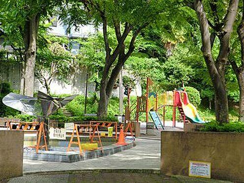 マンション(建物全部)-港区東麻布1丁目 周辺環境:狸穴公園