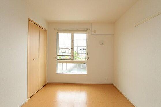 アパート-新発田市中曽根町3丁目 202号室
