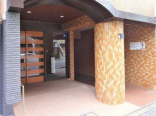 マンション(建物一部)-京都市中京区西ノ京職司町 綺麗に整頓されたアプローチ